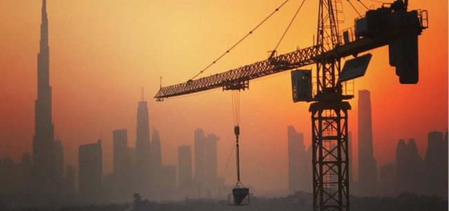 Building-crane-Dubai-Oct2018.jpg